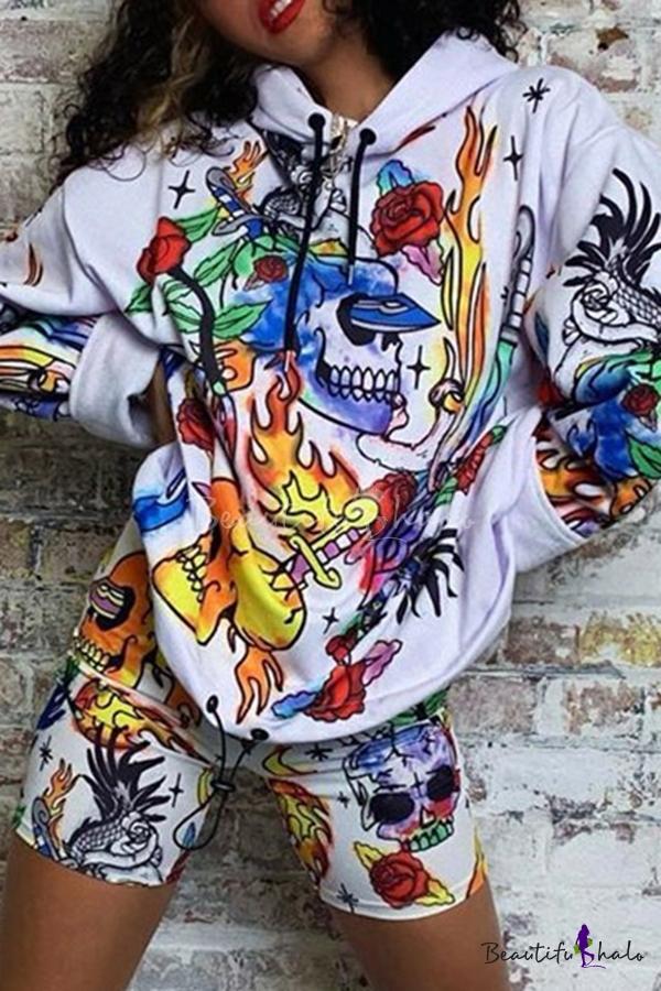 Women Hoodies Graffiti Skull Printed Long Sleeve Hooded Sweatshirts Pullover
