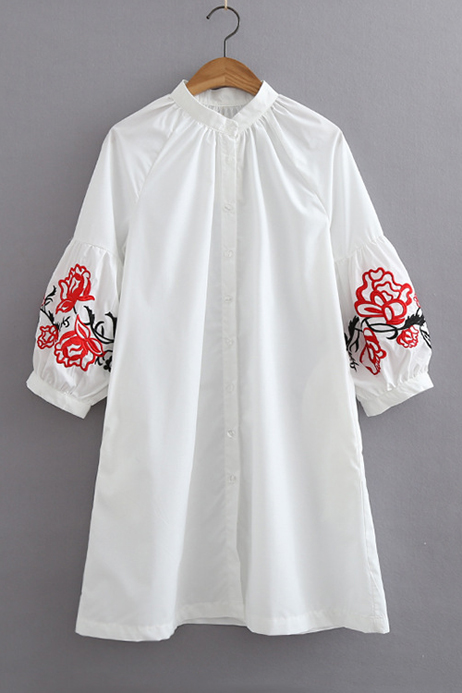 Embroidery Floral Raglan Lantern 3/4 Length Sleeve Single Breasted, White